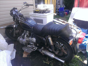 1983 HONDA GOLDWING  FOR PARTS?? $400.00 CASH FIRM ??