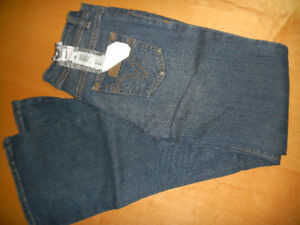 New With Tags Womens Valcome Jeans size 1