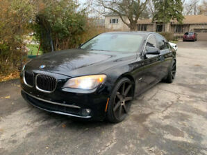 2010 BMW 750i Twin Turbo Xdrive 22 Niche Rims 17900$