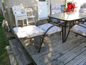 Beautiful Patio Set, 6 reclining chairs West Island Greater Montréal image 4