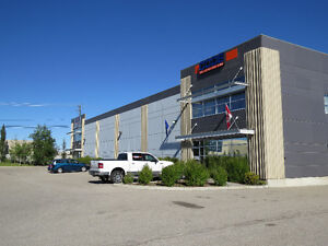 FOR SUBLEAE Quality 8,085 SF Warehouse w/ 11,000 SF of Yard