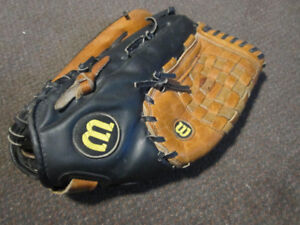 """Wanted: Baseball Glove - LEFT ... TRADE for RIGHT Wilson 14"""" A29"""