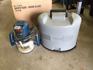 Ryobi 1.5hp router and accessories