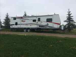 Tango 31 BHSS travel trailer sleeps up to 10