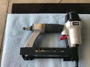 Brand new Husky 18 gauge nailer