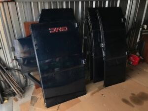 GMC VANDURA DOORS MUST SELL