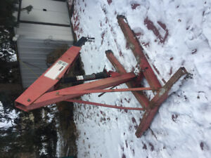 ENGINE HOIST/ CHERRY PICKER. 2 ton