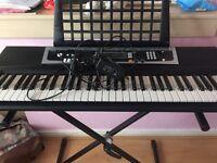 YAMAHA Keyboard and Stand YPT-210
