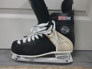 Patins de hockey CCM TACKS 152 grandeur 8