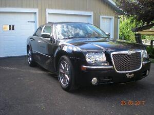 2009 Chrysler 300-Limited **SUPER PROPRE**