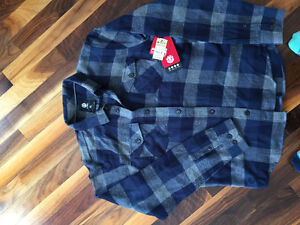 BRAND NEW WITH TAGS - element youth shirt