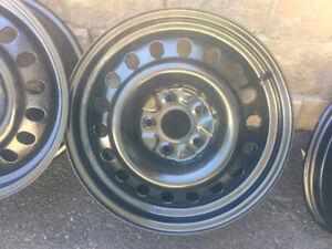 4 roues (Rims) 17po. 5x120 mm GM/Chevrolet/Buick