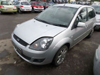 FORD FIESTA ZETEC CLIMATE DAMAGED REPAIRABLE SALVAGE