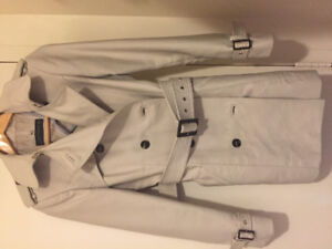 Zara trwnch coat mid lenght size Small only 35$