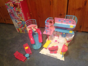 Barbie Expandable Cruise Ship Play Set