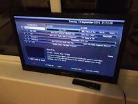 "32"" HD LCD flat screen TV - Hannspree"