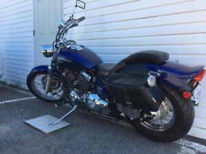 Moto Yamaha V star 650