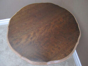 Antique Victorian Mahogany Round Pedestal Coffee Table Kitchener / Waterloo Kitchener Area image 3