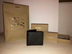 Men's Burberry Wallet (London Check Folding Wallet)