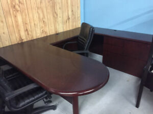 We Decommission/Purchase/Remove all your used office furniture