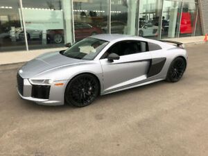 2017 Audi R8 V10 Plus Coupe *BEST DEAL IN CANADA*