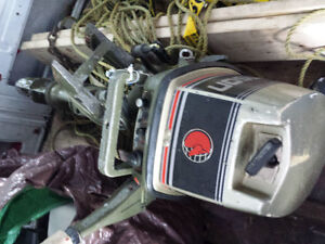 Looking for old or broken outboards for training