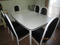 Oblong White Table with 6 Matching Chairs For Sale in Eugenia,On