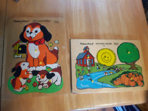 2 Fisher Price Pickup and Peek wood puzzles Dogs 511 Colors 522