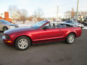 2007 FORD MUSTANG V6 CONVERTIBLE TRADE WELCOME