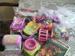 38 Polly Pocket Dolls, Clothing, Cars, Extras plus Little Pet Sh