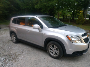LOW  MILEAGE!! Chevrolet Orlando 2012