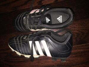 Almost new girls Adidas soccer shoes - size 12.5
