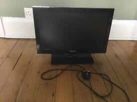 """Toshiba TV with built in DVD player 22"""""""