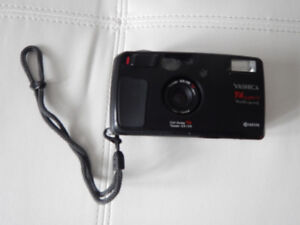 YASHICA T4 SUPER D film camera plus instruction manual and case