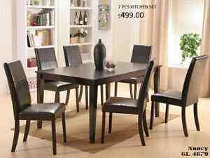 7 PCS SOLID WOOD DINING SET: TABLE WITH 6 CHAIRS