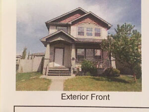 5 Bedroom, Available June 1