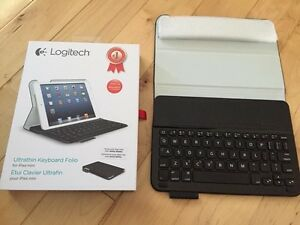 Logitech Ultrathin Keyboard Folio - For IPad Mini