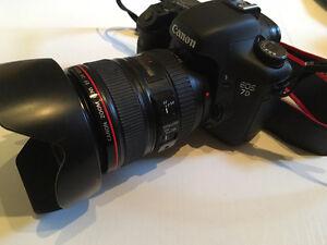 Canon 7D comme neuf 827$ Négo