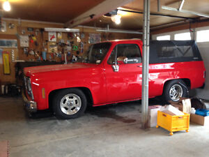 Blazer air ride  , restored awesome square body