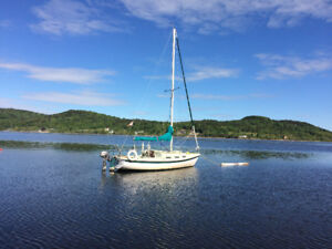 Tanzer 22 Sailboat