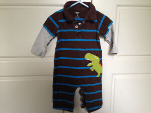 2 Carters one piece outfits, size 9mos $4