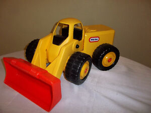 Large Little Tikes Front Loader/Bulldozer