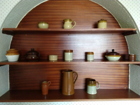 Various vintage kitchen items