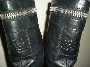 Lot de chaussures pour femmes grandeurs 5 et 5.5