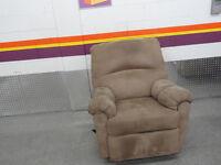 $120 .2 Divan et fauteuil   a vandre ..514 993 3822
