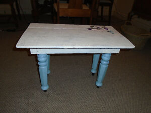 Shabby Chic Table Cornwall Ontario image 1