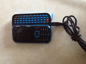 Lg slider with keyboard very clean!!