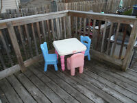 little tikes table and 3 chairs