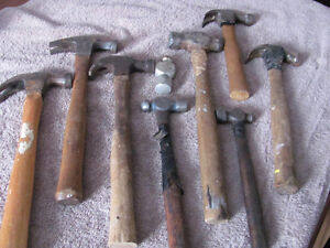 COLLECTION OF OLD AND VINTAGE HAMMERS
