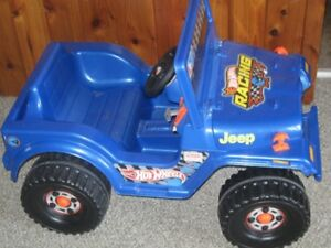 Kids Hot Wheels ride on motorized Jeep in Great condition